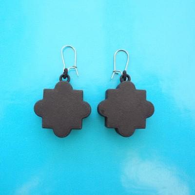 earring mandala black