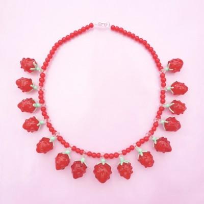necklace glass raspberry
