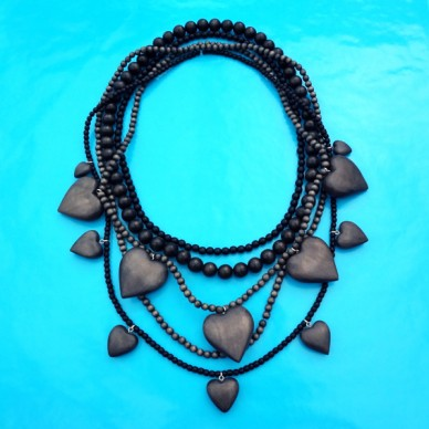 necklace wood heart black