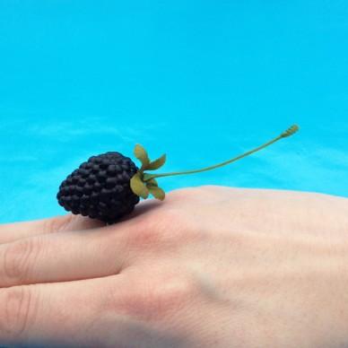 ring blackberry