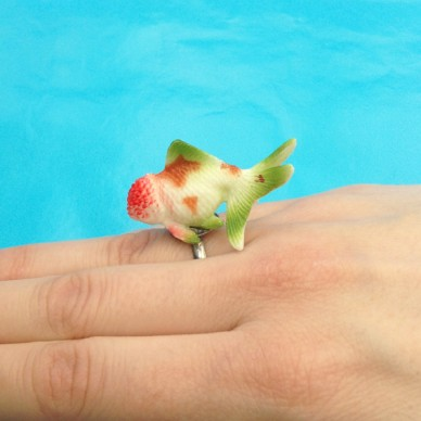 ring fish greenred