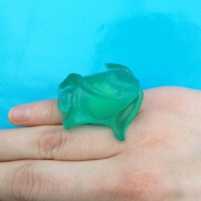 ring resin green