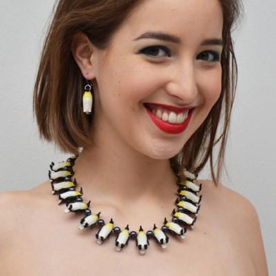 so necklace penguin 72