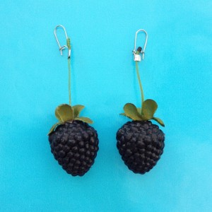earring blackberry