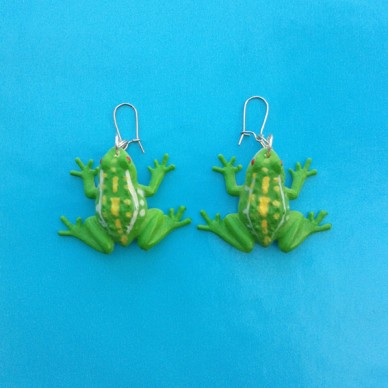 earring frog lightgreen