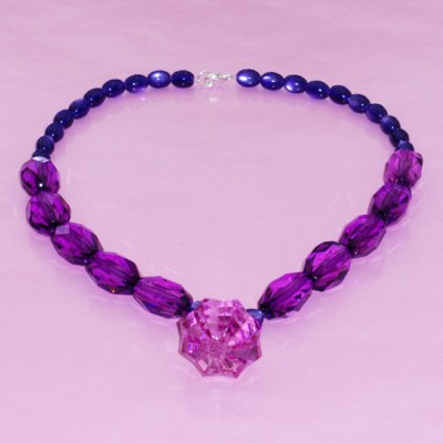 106necklace shine purple 1 72 - kopie