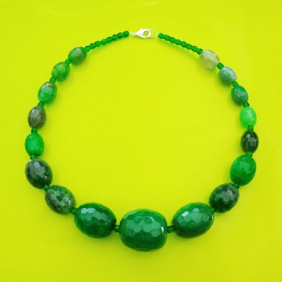 117necklace shine green 1 72 - kopie
