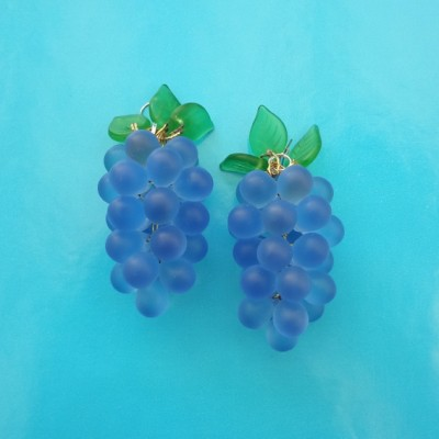 126earring glass grape blue 72