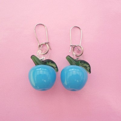 131earring glass blue cherry 72