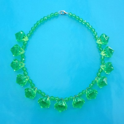 14 necklace shine green 2 72 - kopie