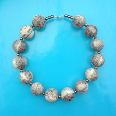 16necklace snakeball grey 72