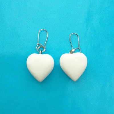 34earring heart wood white 72