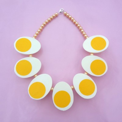 55 necklace egg 72