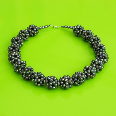 57 necklace pearl grey ball 72 - kopie
