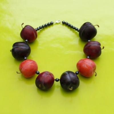 57 necklace plum dark 72