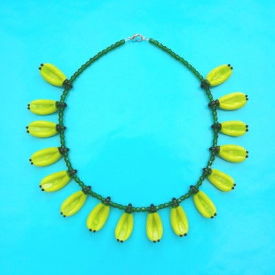 61 necklace glass banana 1 72 - kopie