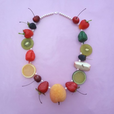 64 necklace fruit XL on pink 72
