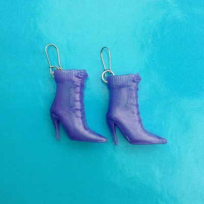75earring boot purple 72