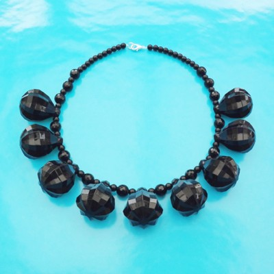 81necklace shine black 1 72 - kopie