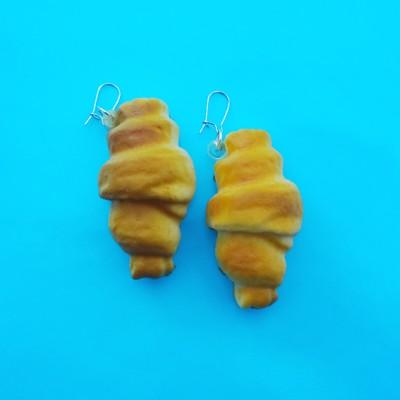 85 earring croissant 72