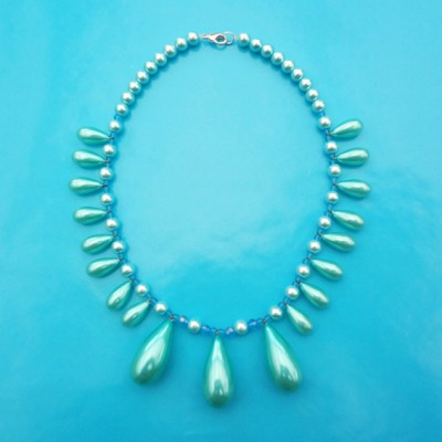 95necklace shine blue pearls 72 - kopie