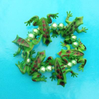 bracelet frog greendark 72