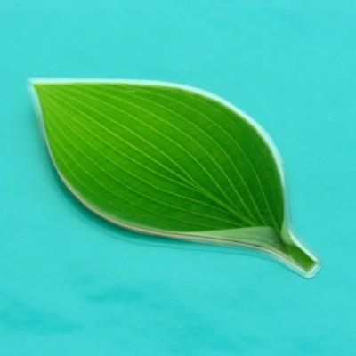 brooch leaf large 72