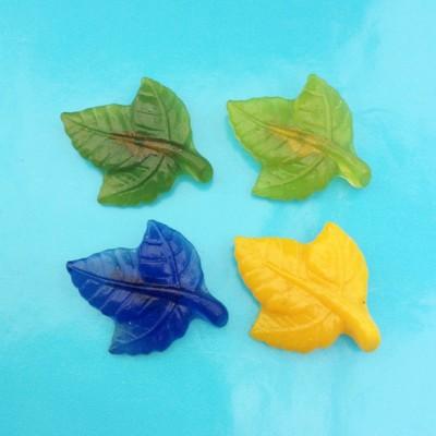 brooch resin leaves 4x 72