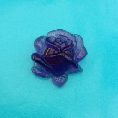 brooch resin rose blue 72