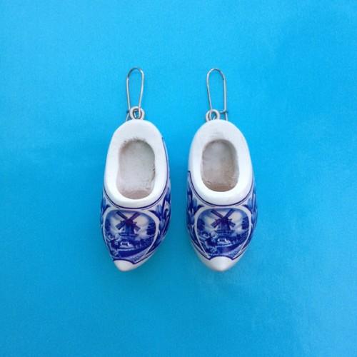 earring clog blue 72