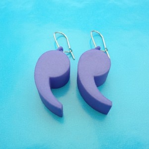 earring comma purple 72