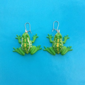 earring frog lightgreen 72
