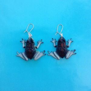 earring frog purple 72