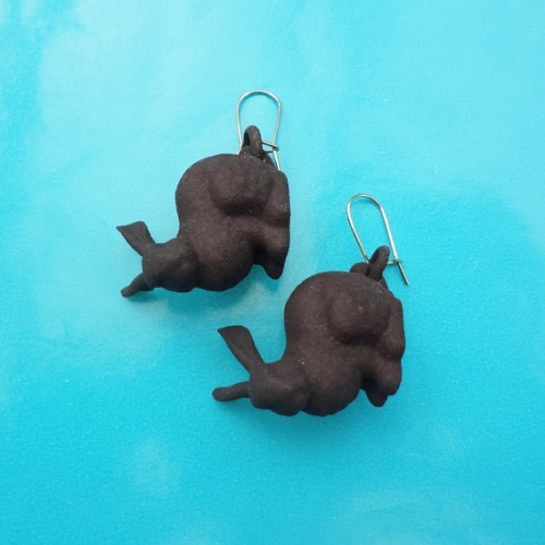 earring rabbit black 72