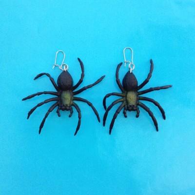 earring spider 72