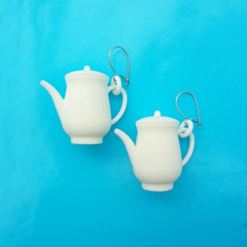 earring teapot white 72