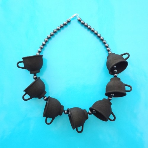 necklace cup small black 72