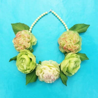 necklace flower silk green 72