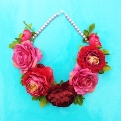necklace flower silk red 72