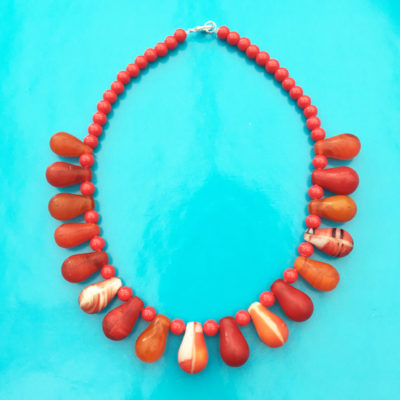 necklace glass drop red OK 72