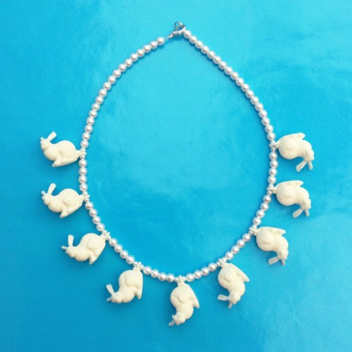necklace rabbit OK 72