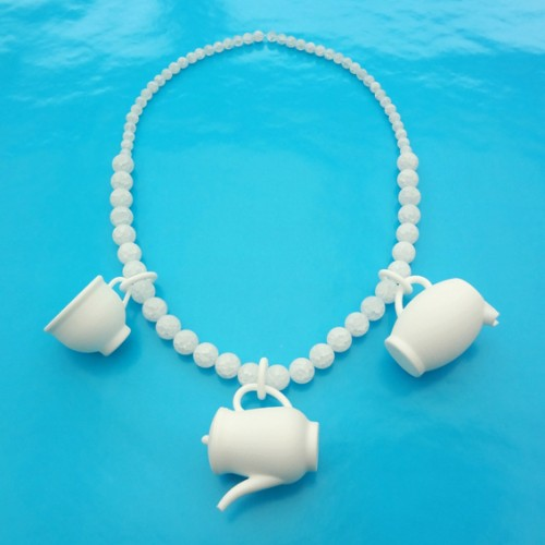 necklace teaset rockcristal total 72