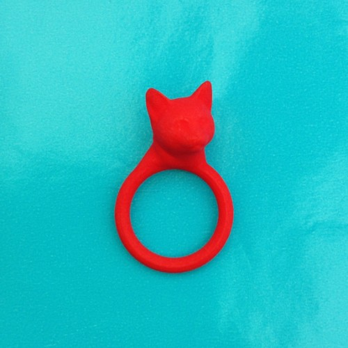 ring cat head red 72