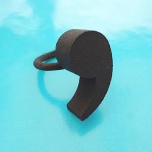 ring comma black 72