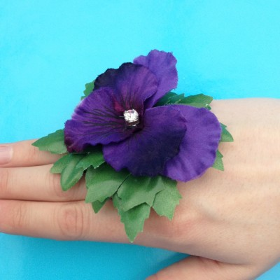 ring flower violet finger 72