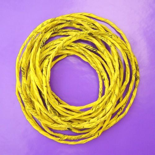 textiel hals geel 20x20 72