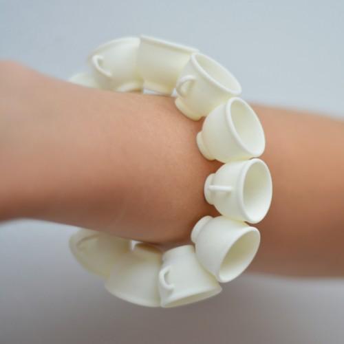 bracelet cup white 72 kopie