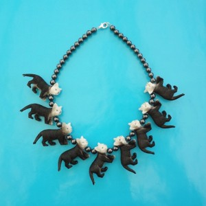 necklace cat blackwhite 72