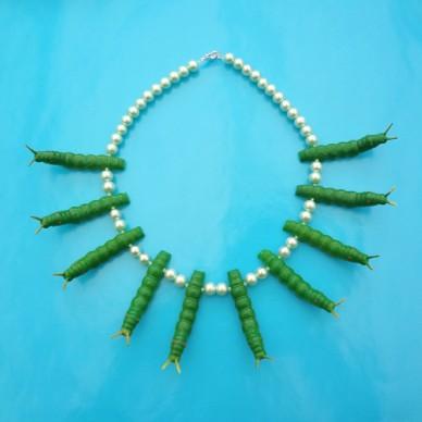 necklace caterpillar green 72