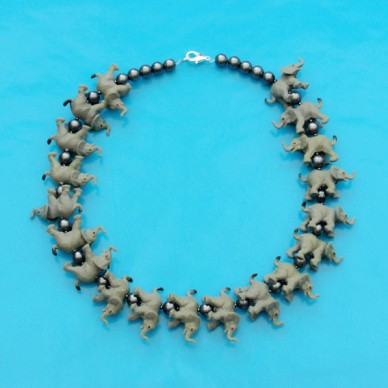 necklace elephant OK 72